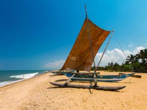 4D3N Negombo, Kandy & Colombo Tour Packages